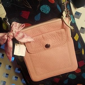 Ladies Pink Coach purse New with tag